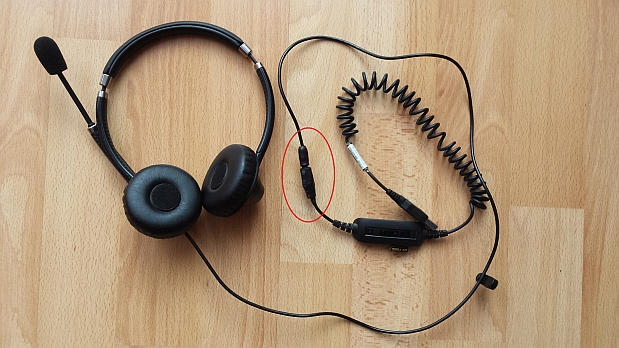 How I Added A 3 5mm Trrs Jack To My Jabra Uc 750 Usb Headset For Use With My Smartphone For Dragon Dictation Ottimoseo